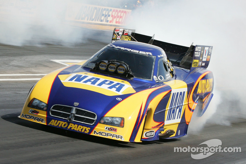 Ron Capps/NAPA Auto Parts Dodge Charger