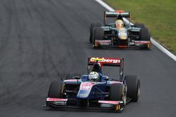 Marcus Ericsson leads Luiz Razia