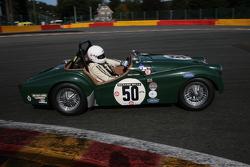 #50 Triumph TR2: Mark Hoble