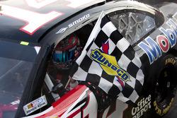 Tony Stewart, Stewart-Haas Racing Chevrolet takes the win