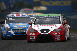 Robert Huff, Chevrolet Cruze 1.6T, Chevrolet and Gabriele Tarquini, SEAT Leon 2.0 TDI, Lukoil