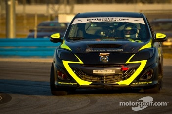 #32 i-MOTO Mazda Speed 3: Jayson Clunie, Pierre Kleinubing