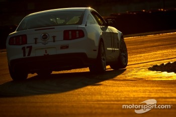 #17 BTE Sport Mustang Boss 302R: Emmanuel Anassis, Alain Desrochers, Anthony Massari