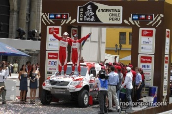 Podium: third place in Car category Giniel de Villiers and Dirk Von Zitzewitz