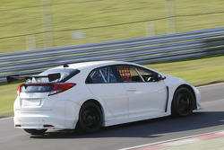 Honda Racing testing the new Honda Civic