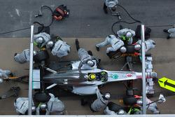 Nico Rosberg, Mercedes GP pit stop