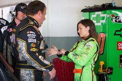 Ryan Newman, Stewart-Haas Racing Chevrolet and Danica Patrick, Stewart-Haas Racing Chevrolet