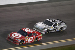 Juan Pablo Montoya, Earnhardt Ganassi Racing Chevrolet and Terry Labonte, FAS Lane Racing Ford