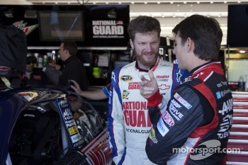 Dale Earnhardt Jr. and Jeff Gordon, Hendrick Motorsports Chevrolet