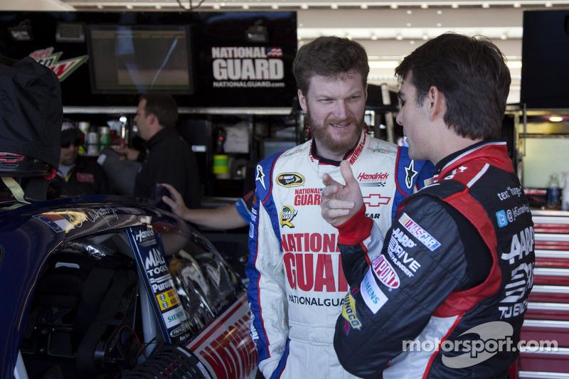 Dale Earnhardt Jr. and Jeff Gordon, Hendrick Motorsports Chevrolet