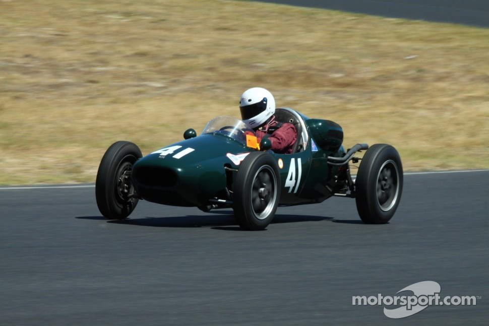 #41 Brian Maile - Cooper T41 (1956)