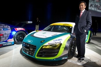 Michael Kim with his #20 Hitotsuyama Racing Audi R8 LMS race car