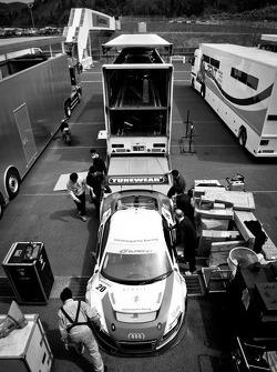#20 Hitotsuyama Racing Audi R8 LMS