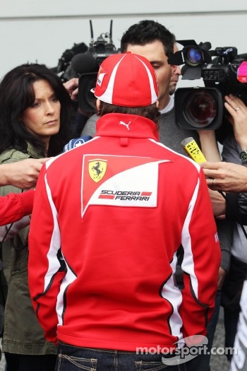 Fernando Alonso, Scuderia Ferrari with the media