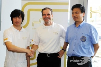 Ma Qing Hua, Hispania Racing F1 Team, Test Driver, with Luis Perez-Sala, HRT Formula One Team, Team Prinicpal