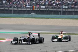Pastor Maldonado, Williams leads Paul di Resta, Sahara Force India