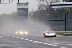 #22 United Autosports McLaren MP4-12C GT3: Matt Bell, Alvaro Parente, David Brabham