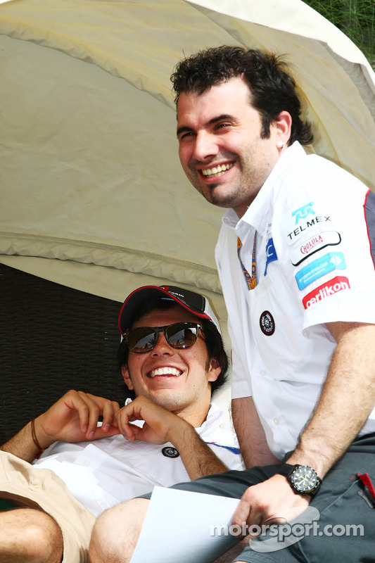 Sergio Perez, Sauber relaxes in the paddock