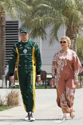 Vitaly Petrov, Caterham with Oksana Kosachenko, Manager