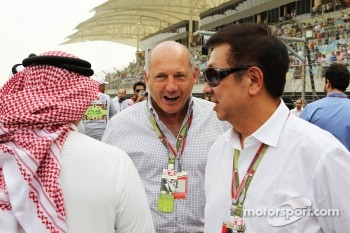 Ron Dennis, McLaren Executive Chairman, on the grid