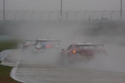 #59 Brumos Racing Porsche GT3: Andrew Davis, Leh Keen; #69 AIM Autosport Team FXDD Racing with Ferrari Ferrari 458: Emil Assentato, Jeff Segal