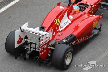 Fernando Alonso, Scuderia Ferrari with new exhaust system