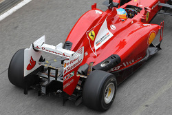 Fernando Alonso, Scuderia Ferrari with new exhaust system