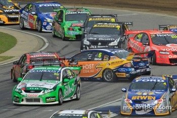 Will Davison and Garth Tander collide