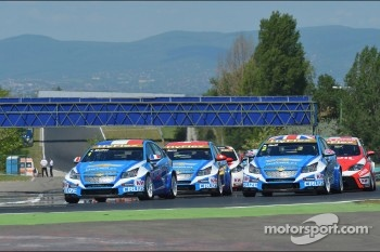 Start of the race, Yvan Muller, Chevrolet Cruze 1.6T, Chevrolet