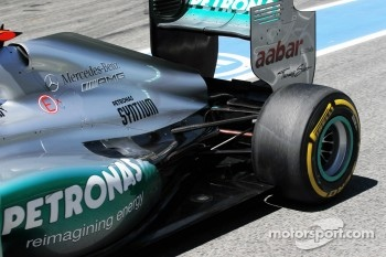 Michael Schumacher, Mercedes AMG F1 exhaust and rear suspension detail