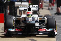 Sergio Perez, Sauber in the pits