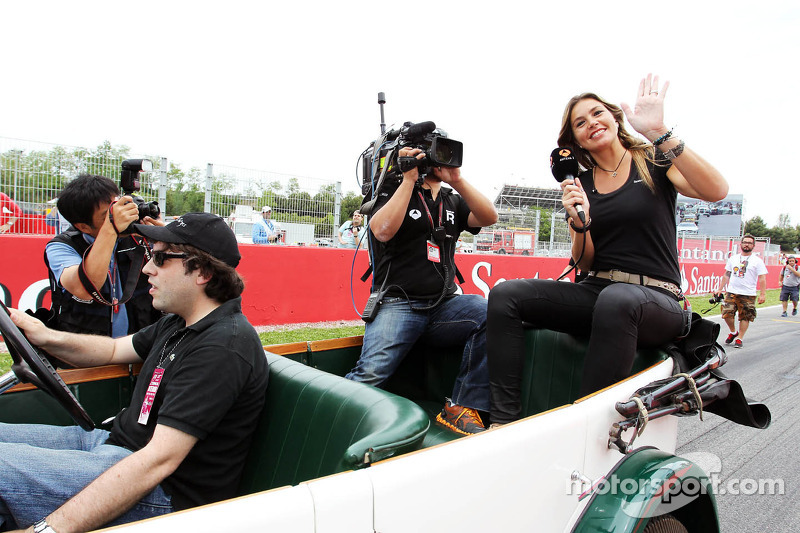 Nira Juanco, Antena 3 TV on the drivers parade