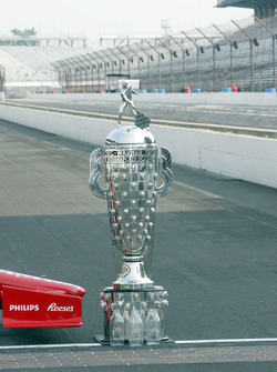 Winners photoshoot: the Borg-Warner Trophy