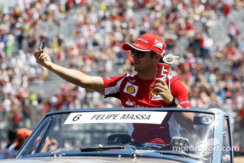 Felipe Massa, Scuderia Ferrari on the drivers parade