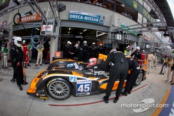Pit stop for #45 Boutsen Ginion Racing Oreca 03 Nissan: Bastien Brire, Jens Petersen, Shinji Nakano