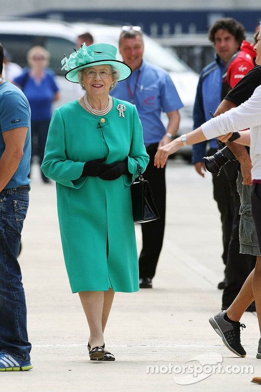 A Queen impersonator in the paddock