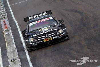 Sunday Quarter Finals Gary Paffett, Team HWA AMG Mercedes, AMG Mercedes against David Coulthard, Mcke Motorsport, AMG Mercedes C-Coupe