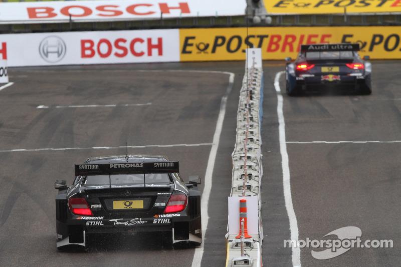 Semi Finals Gary Paffett, Team HWA AMG Mercedes, AMG Mercedes against Mattias Ekström, ABT Sportsline Audi A5 DTM