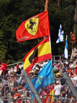 Fernando Alonso, Scuderia Ferrari flags