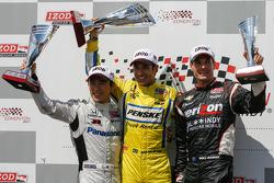 Podium: second place Takuma Sato, Rahal Letterman Lanigan Honda, winner Helio Castroneves, Team Penske Chevrolet and third place Will Power, Verizon Team Penske Chevrolet