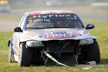 crash, Charles Ng, BMW 320 TC, Liqui Moly Team Engstler