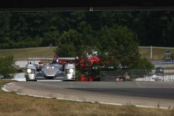 #2 2005 Audi R8: Travis Engen