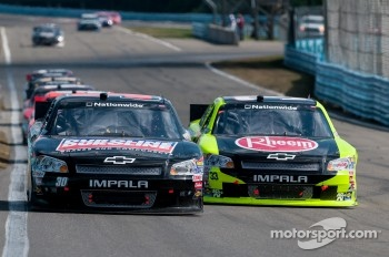 Miguel Paludo, Turner Motorsports Chevrolet, Paul Menard, Richard Childress Racing Chevrolet