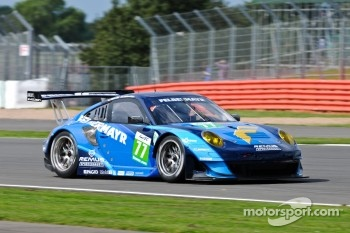 #77 Team Felbermayr Proton Porsche 997 GT3 RSR: Richard Lietz, Marc Lieb