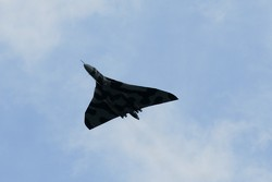 Avro Vulcan flies over - http://www.vulcantothesky.org/donate.html