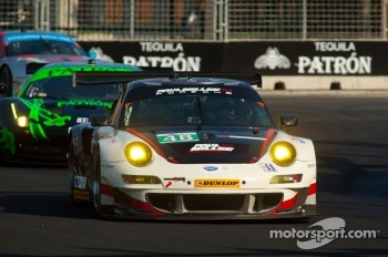 #48 Paul Miller Racing Porsche 911 GT3 RSR: Bryce Miller, Sascha Maassen
