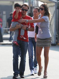 Felipe Massa, Ferrari with his son Felipinho and wife Rafaela Bassi