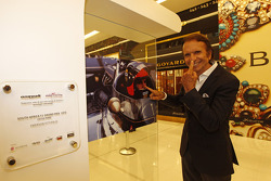 Emerson Fittipaldi during the Oak Racing exposition at a local Sao Paulo shopping mall