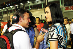 Will Buxton, Speed TV Presenter interviews Katy Perry, Singer on the grid