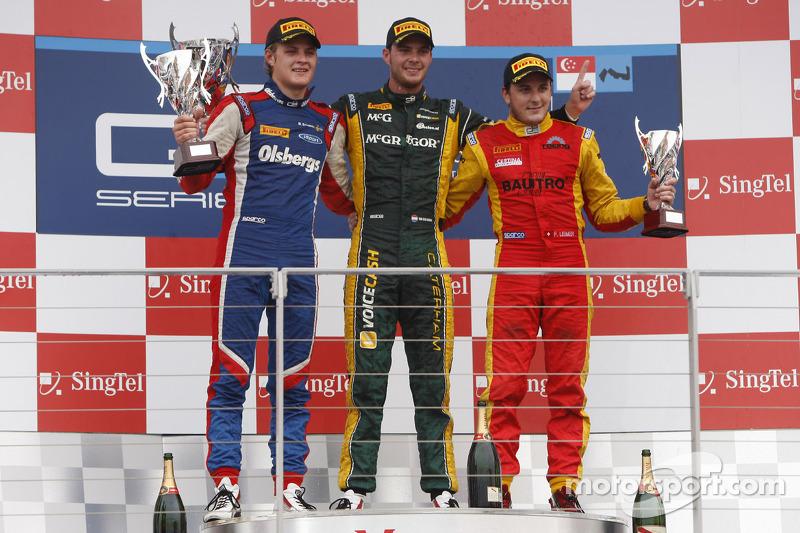 Podium: race winner Giedo van der Garde, second place Marcus Ericsson, third place Fabio Leimer